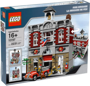 lego-creator-expert-feuerwache-10197-box zusammengebaut.com