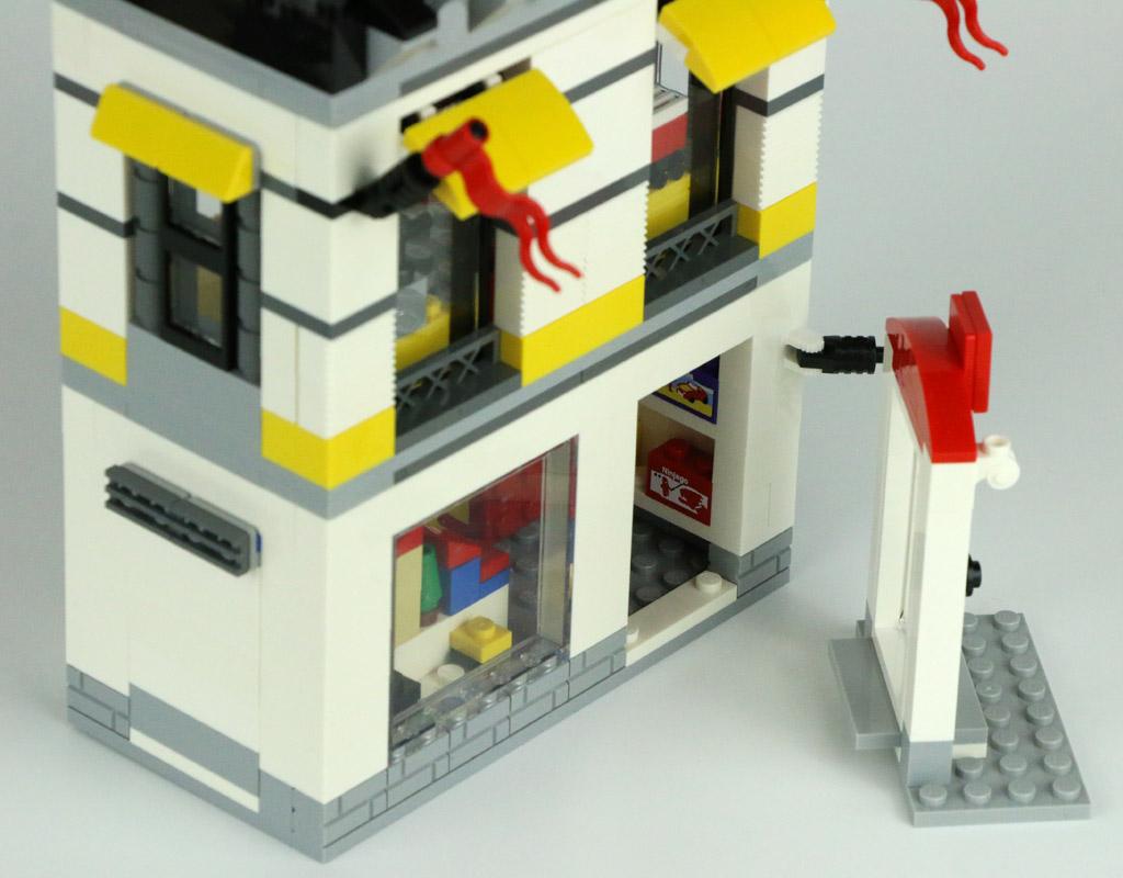 lego-geschaeft-im-miniformat-40305-tuer-2018-zusammengebaut-andres-lehmann zusammengebaut.com