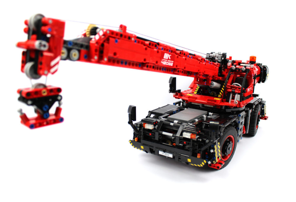 Lego Technic Geländegängiger Kranwagen 42082 Im Video Review