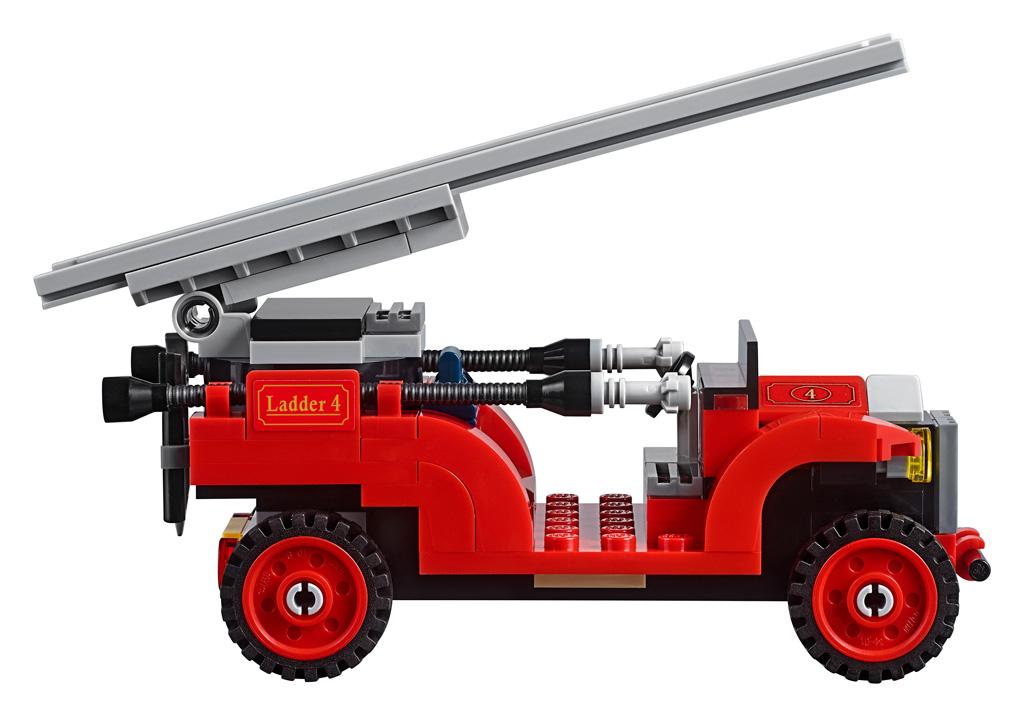 lego-creator-expert-winter-village-fire-station-feuerwehr-fahrzeug-seite-10263-2018 zusammengebaut.com