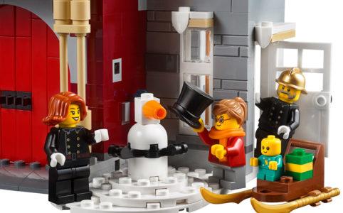 lego-creator-expert-winter-village-fire-station-schneemann-feuerwehr-10263-2018 zusammengebaut.com