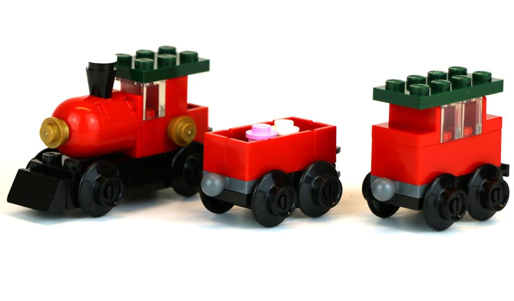 lego-creator-weihnachtszug-30543-polybag-seite-waggons-2018-zusammengebaut-andres-lehmann zusammengebaut.com