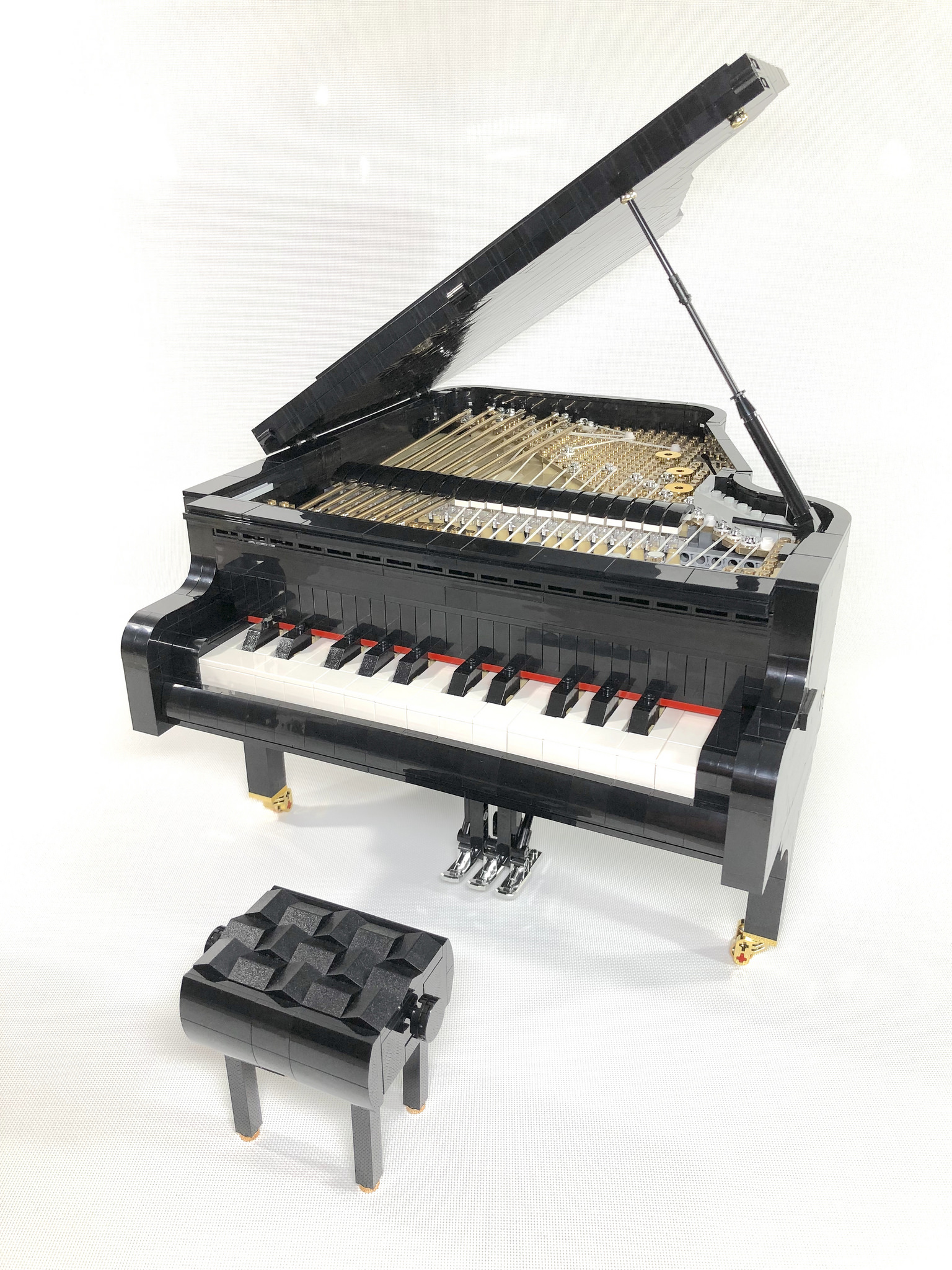 lego-piano-donny-chen zusammengebaut.com