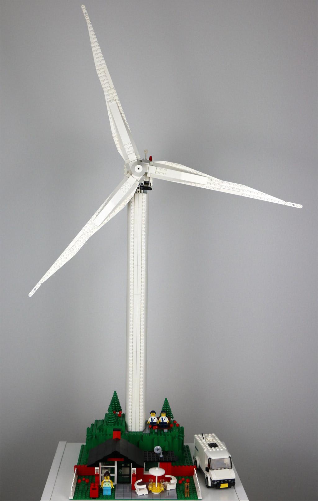 lego-creator-expert-vestas-windkraftanlage-10268-frontansicht-2018-zusammengebaut-andres-lehmann zusammengebaut.com