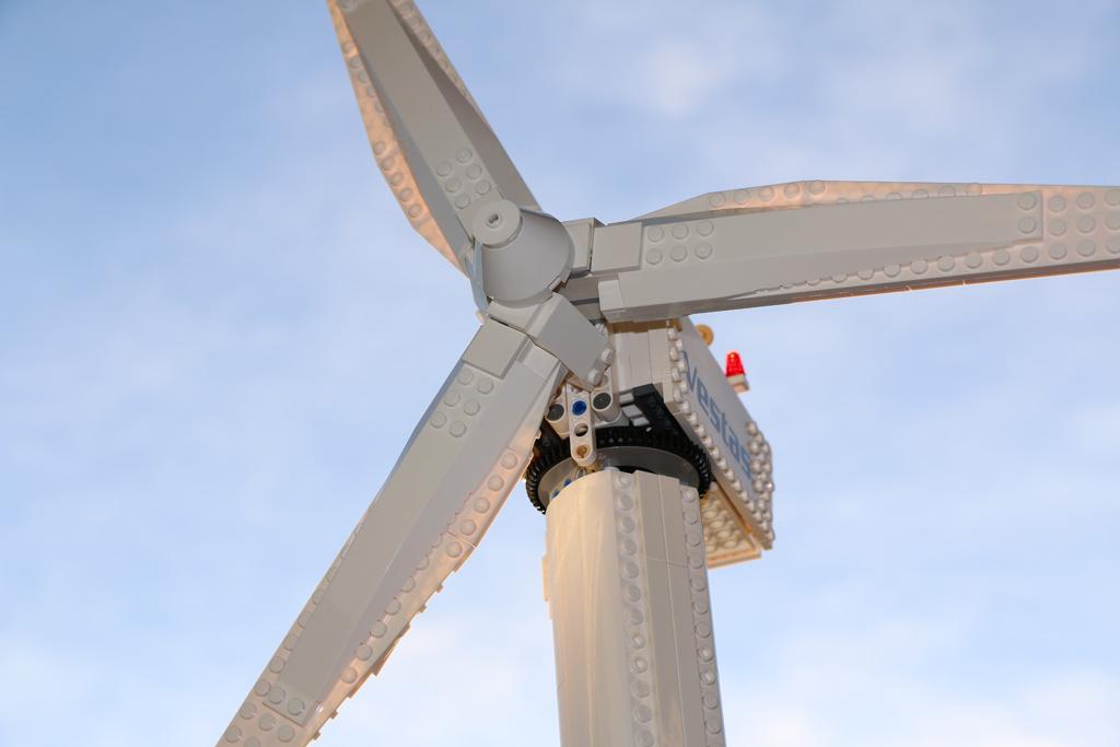 lego-creator-expert-vestas-windkraftanlage-10268-top-2018-zusammengebaut-andres-lehmann zusammengebaut.com