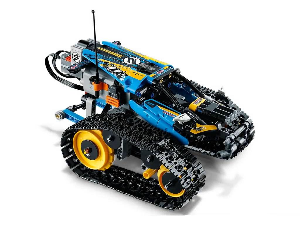 lego-technic-remote-controlled-stunt-racer-42095-2019-front zusammengebaut.com