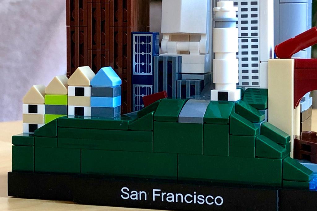 lego-architecture-san-francisco-21043-skyline-set-schriftzug-2019-zusammengebaut-michael-kopp zusammengebaut.com