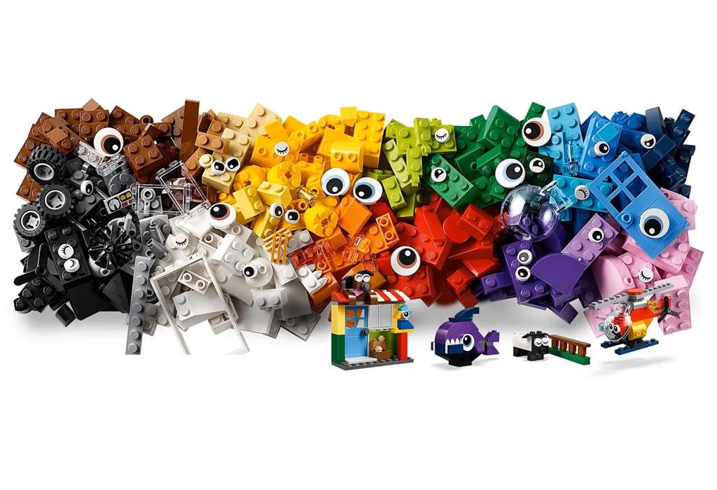 lego-classic-bricks-and-eyes-11003-2019-steine zusammengebaut.com