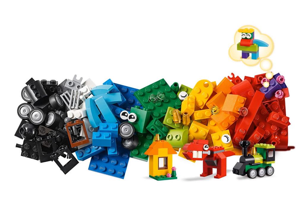 lego-classic-bricks-and-ideas-11001-teile-2019 zusammengebaut.com