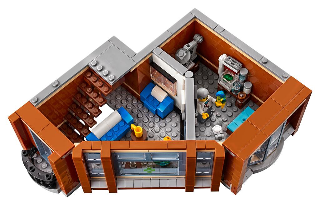 lego-creator-expert-corner-garage-10264-2019-erstes-stock-tierarzt zusammengebaut.com
