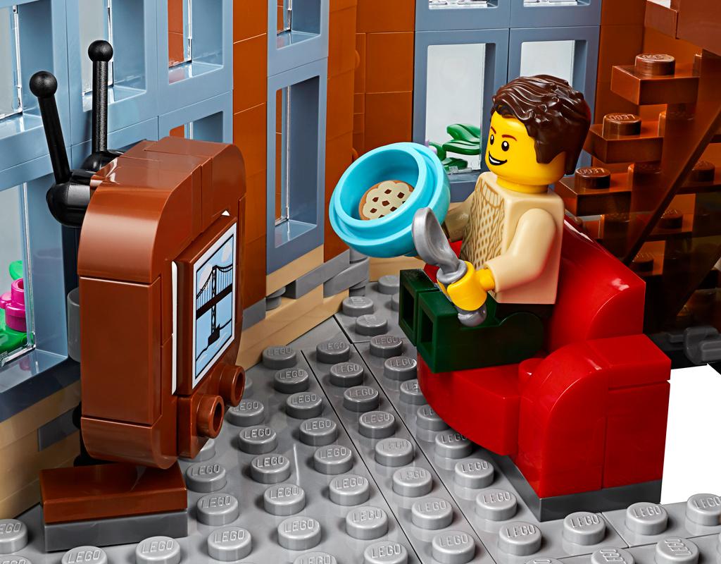 lego-creator-expert-corner-garage-10264-2019-tv zusammengebaut.com