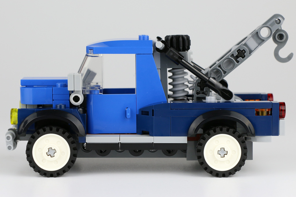 lego-creator-expert-corner-garage-10264-abschleppwagen-2018-zusammengebaut-andres-lehmann zusammengebaut.com