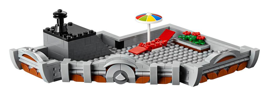 lego-creator-expert-eckgarage-10264-corner-garage-2019-modular-building-dachterrasse-front zusammengebaut.com