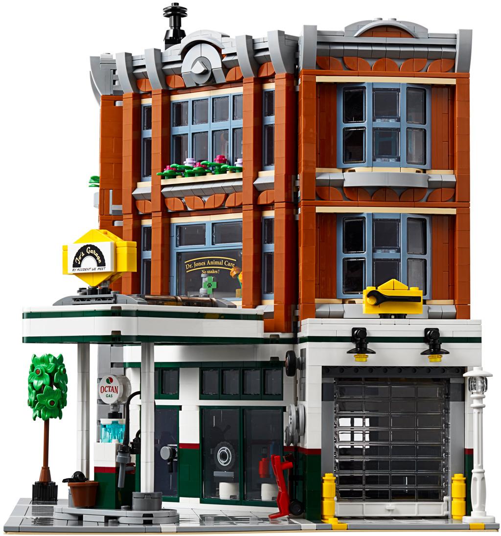 lego-creator-expert-eckgarage-10264-corner-garage-2019-modular-building-tankestelle-einfahrt-garage zusammengebaut.com