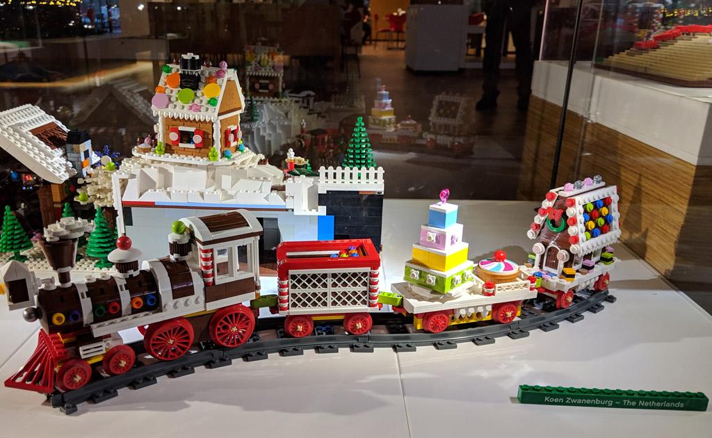 lego-house-weihnachten-zug-koen-2018-zusammengebaut-andres-lehmann zusammengebaut.com
