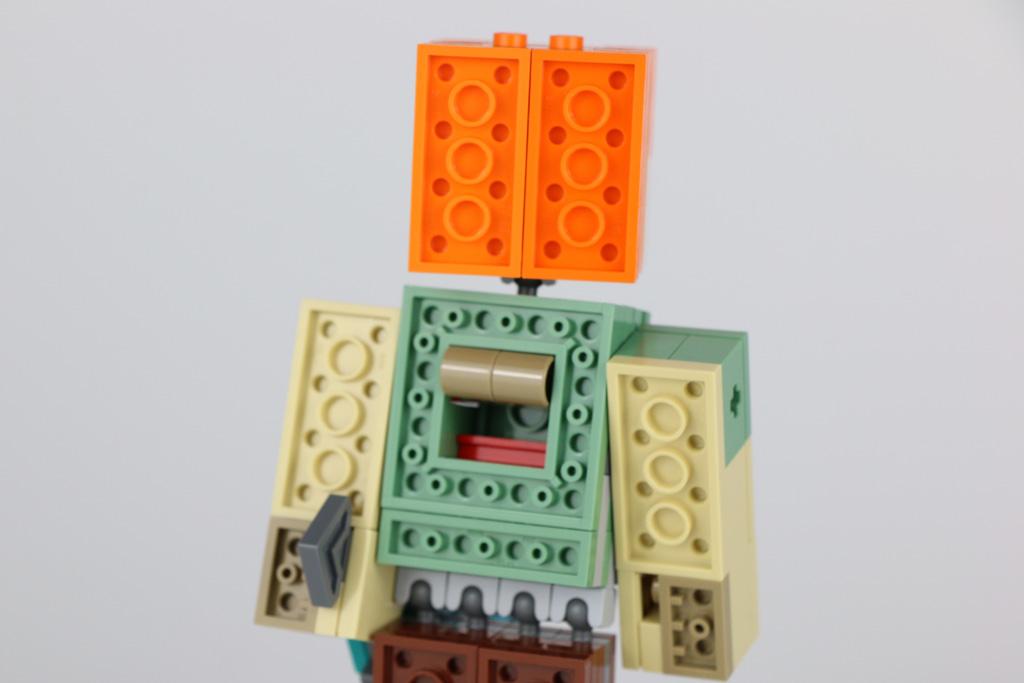 lego-minecraft-bigfig-alex-mit-huhn-21149-rueckseite-2018-zusammengebaut-andres-lehmann zusammengebaut.com