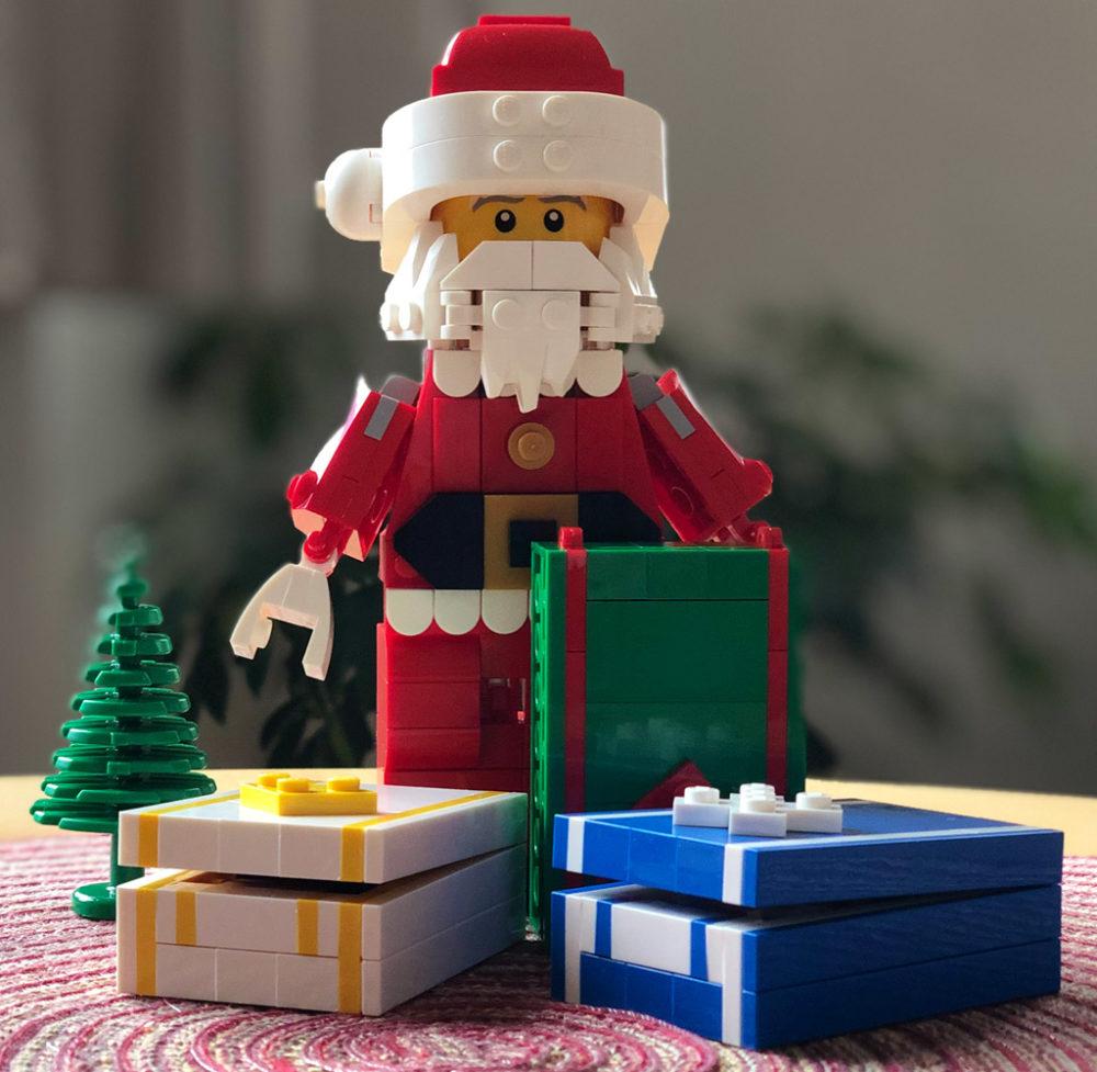 lego-mitarbeiter-set-weihnachtsmann-rentier-santa-geschenke-4002018-zusammengebaut-michael-kopp zusammengebaut.com