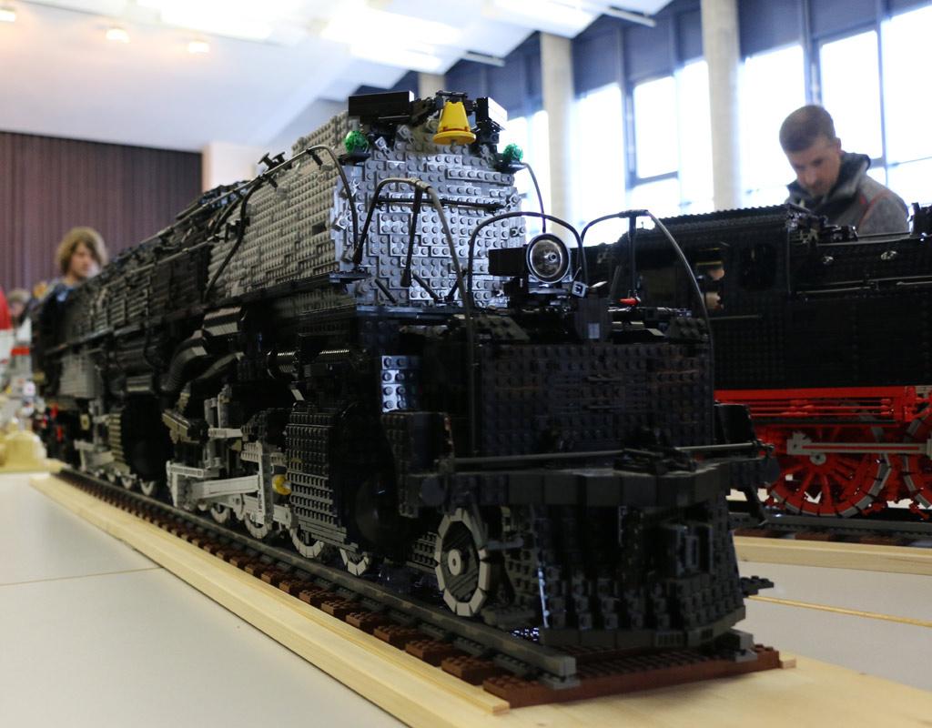 lego-union-pacific-class-4000-big-boy-front-br-64-seite-borken-zusammengebaut-2018-andres-lehmann zusammengebaut.com