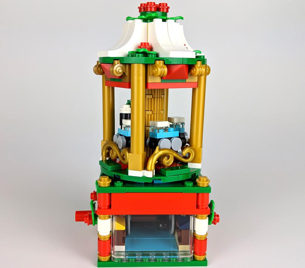 lego-weihnachtskarussell-40293-fenster-2018-zusammengebaut-andres-lehmann zusammengebaut.com