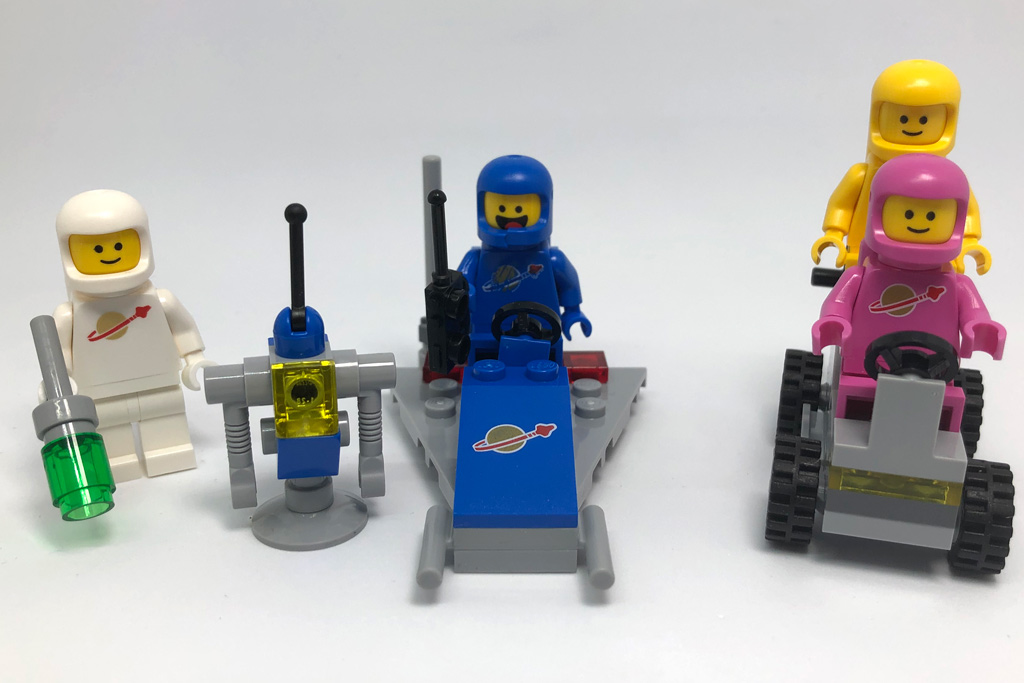 the-lego-movie-2-bennys-weltraum-team-70841-front-2019-zusammengebaut-matthias-kuhnt zusammengebaut.com