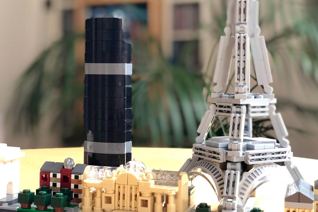 lego-architectur-paris-21044-skyline-eiffelturm-hochhaus-2018-zusammengebaut-michael-kopp zusammengebaut.com