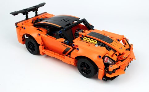 lego-technic-chevrolet-corvette -zr1-42093-2018-zusammengebaut-andre-micko zusammengebaut.com