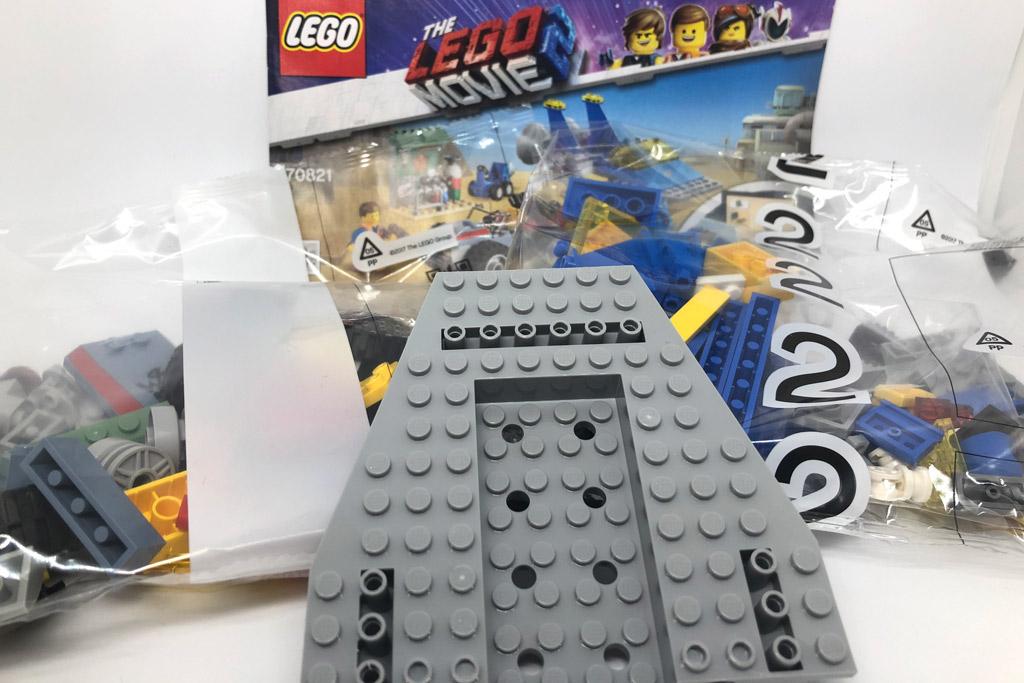the-lego-movie-2-emmets-und-bennys-bau-und-reparaturwerkstatt-70821-rumpf-2019-zusammengebaut-matthias-kuhnt zusammengebaut.com