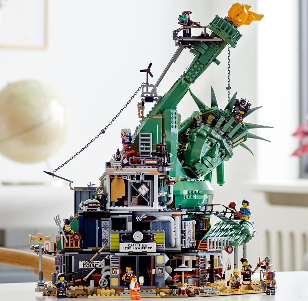 the-lego-movie-2-welcome-to-apocalypseburg-70840-modell-2019 zusammengebaut.com