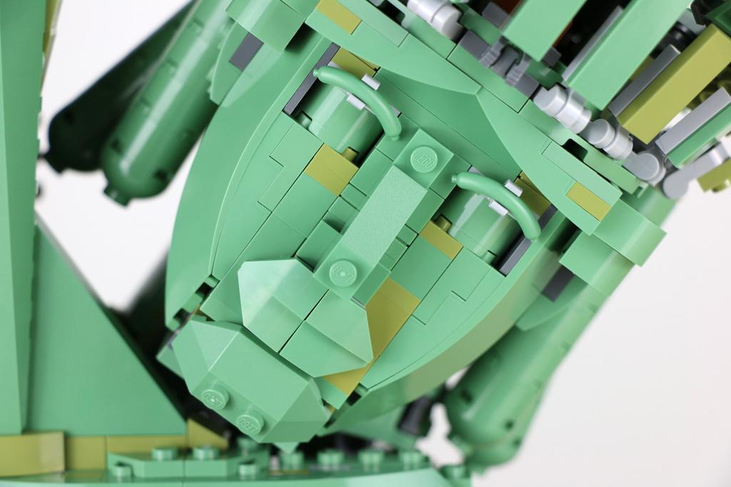 the-lego-movie-2-willkommen-in-apokalypstadt-set-70840-freiheitsstatue-gesicht-2019-zusammengebaut-andres-lehmann zusammengebaut.com