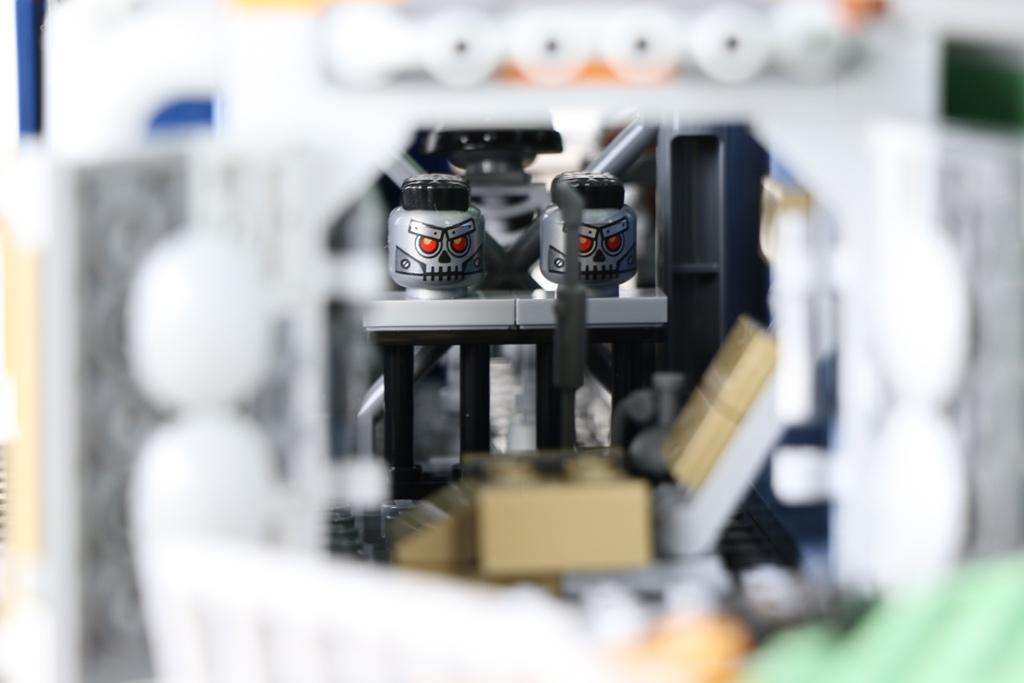 the-lego-movie-2-willkommen-in-apokalypstadt-set-70840-freiheitsstatue-raetsel-2019-zusammengebaut-andres-lehmann zusammengebaut.com