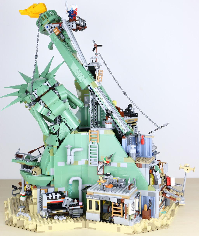 the-lego-movie-2-willkommen-in-apokalypstadt-set-70840-rueckseite-2019-zusammengebaut-andres-lehmann zusammengebaut.com