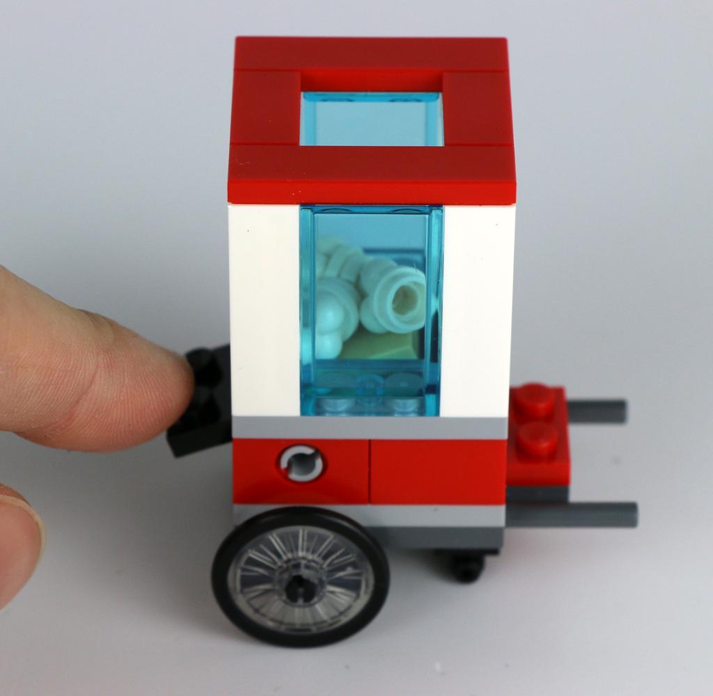 lego-city-popcorn-wagen-30364-polybag-schalter-2019-zusammengebaut-andres-lehmann zusammengebaut.com