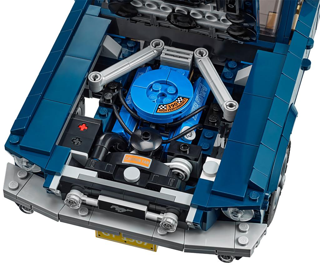 lego-creator-expert-ford-mustang-10265-2019-motor zusammengebaut.com