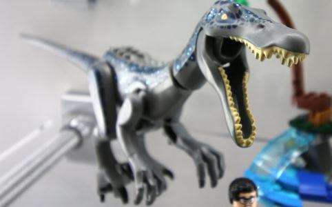 lego-jurassic-world-baryonyx-face-off-the-treasure-hunt-75935-dino-new-york-toy-fair-2019-zusammengebaut-andres-lehmann zusammengebaut.com