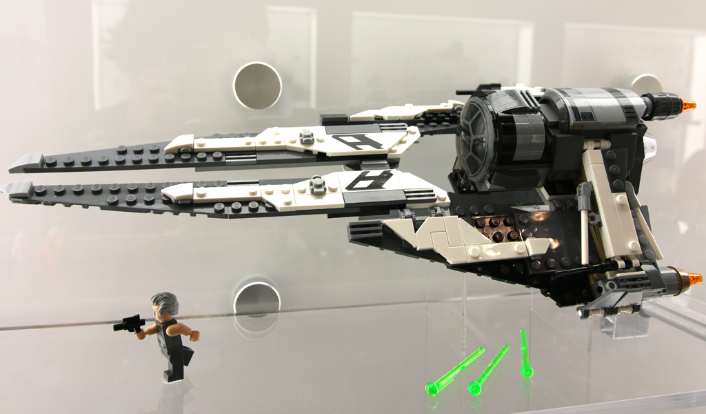 lego-star-wars-black-ace-tie-interceptor-75242-new-york-toy-fair-2019-zusammengebaut-andres-lehmann zusammengebaut.com