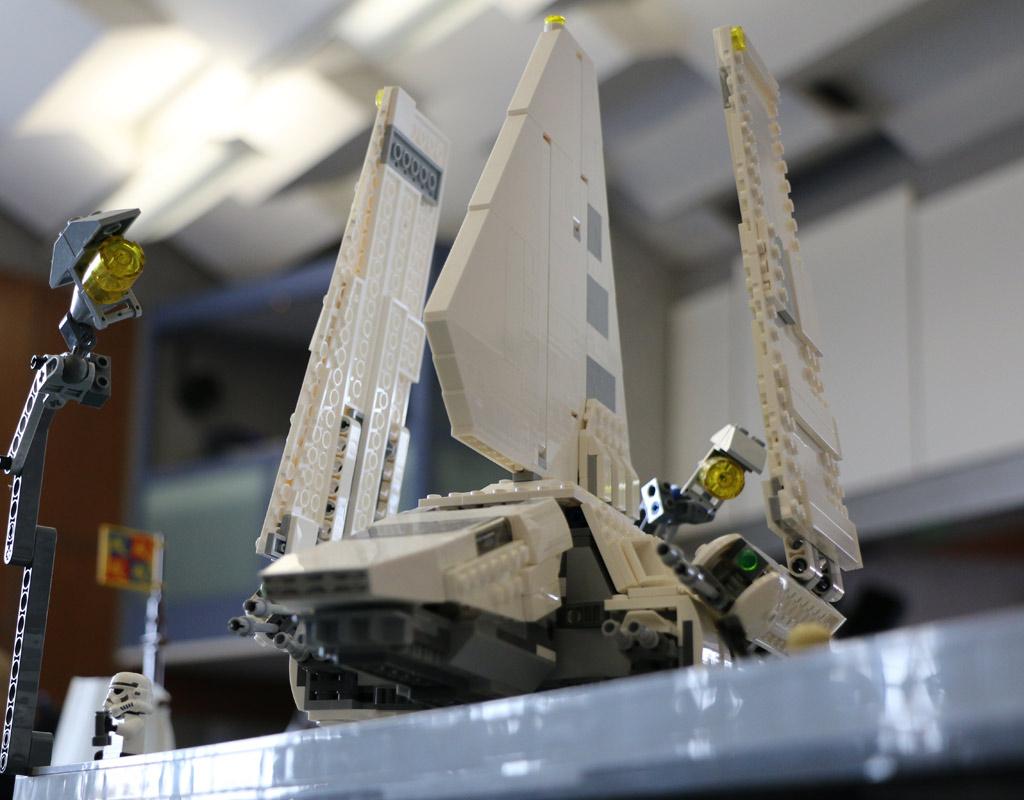 lego-star-wars-endor-layout-shuttle-zusammengebaut-2018-andres-lehmann zusammengebaut.com