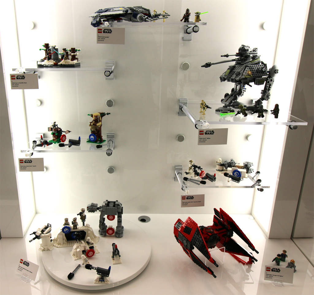 lego-star-wars-sets-display-toy-fair-new-york-2019-zusammengebaut-andres-lehmann zusammengebaut.com