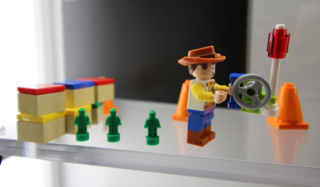 lego-toy-story-4-woody-rc-10766-new-york-toy-fair-2019-zusammengebaut-andres-lehmann zusammengebaut.com