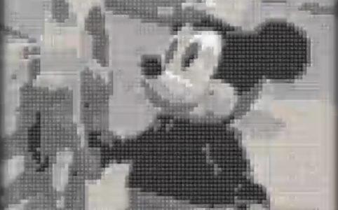 disney-micky-mouse-figur zusammengebaut.com