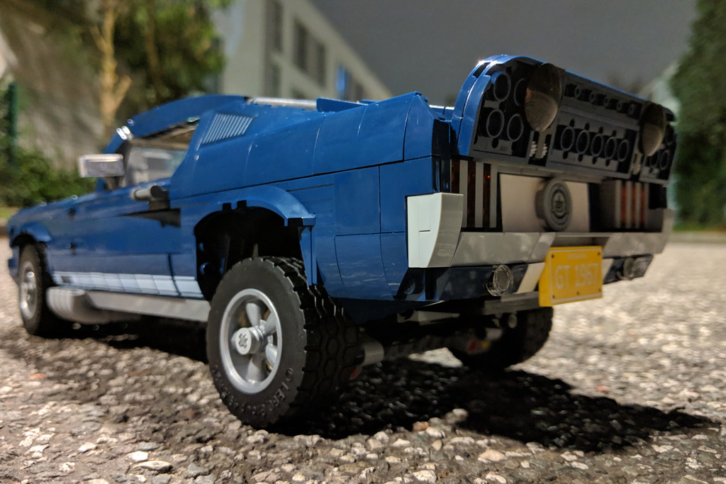 lego-creator-expert-ford-mustang-10265-tuning-aufbocken-2019-zusammengebaut-andres-lehmann zusammengebaut.com