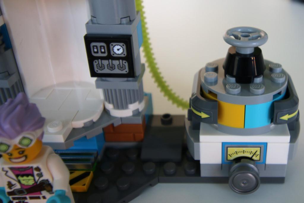 lego-hidden-side-lab-70418-billund-2019-zusammengebaut-andres-lehmann zusammengebaut.com