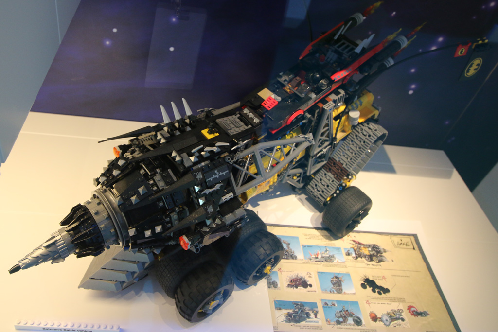the-lego-movie-2-batmans-battle-vehicle-lego-house-2019-zusammengebaut-andres-lehmann zusammengebaut.com