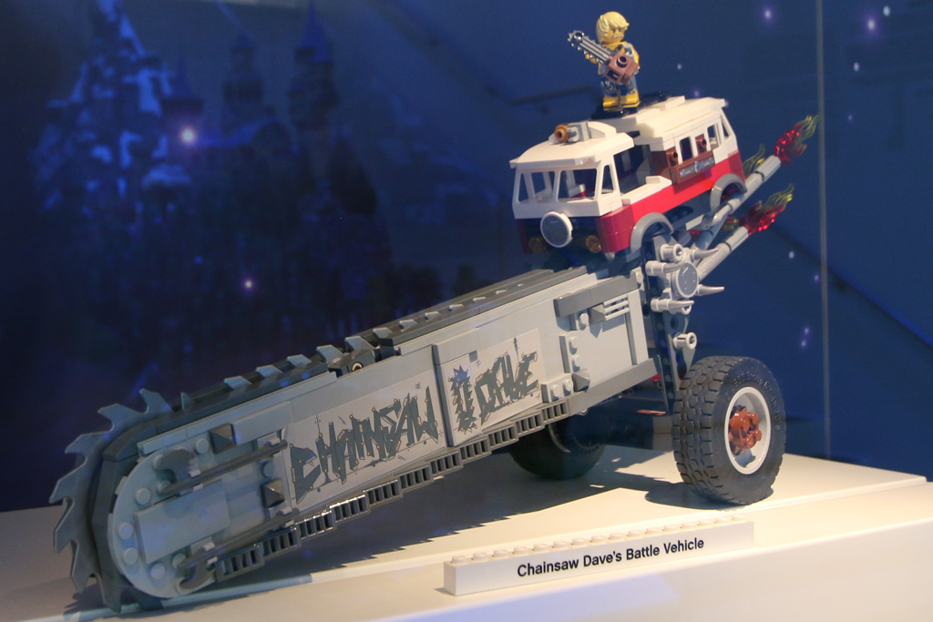 the-lego-movie-2-chainsaw-daves-battle-vehicle-2019-zusammengebaut-andres-lehmann zusammengebaut.com