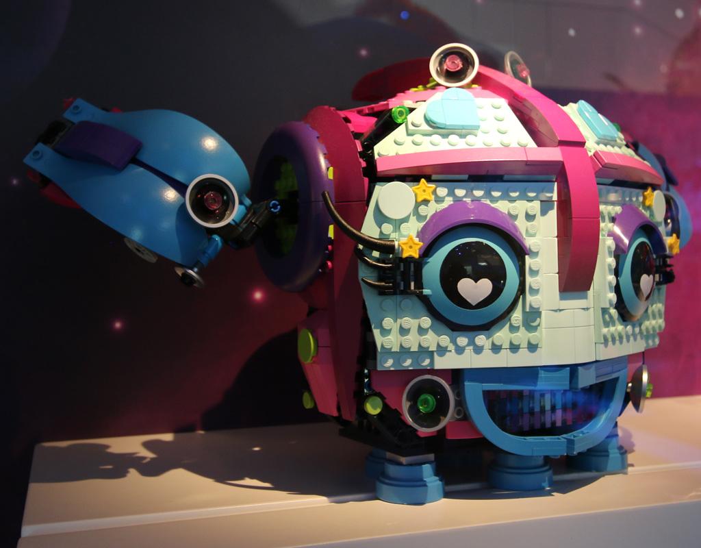the-lego-movie-2-sweet-mayhems-systar-starship–entwurf-vehicle-development-lego-house-2019-zusammengebaut-andres-lehmann zusammengebaut.com