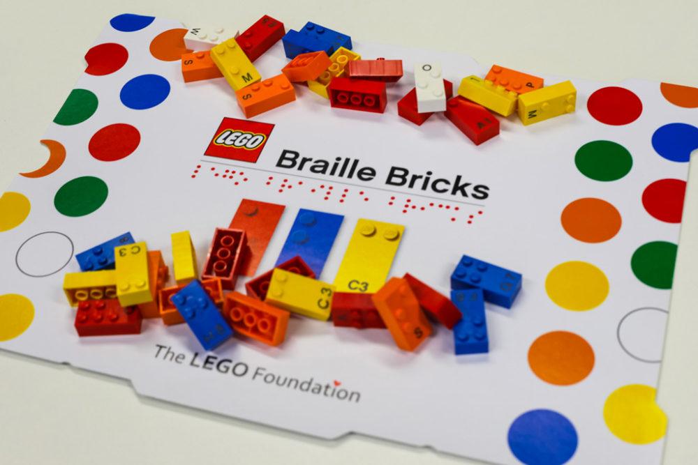 lego-braille-kit zusammengebaut.com