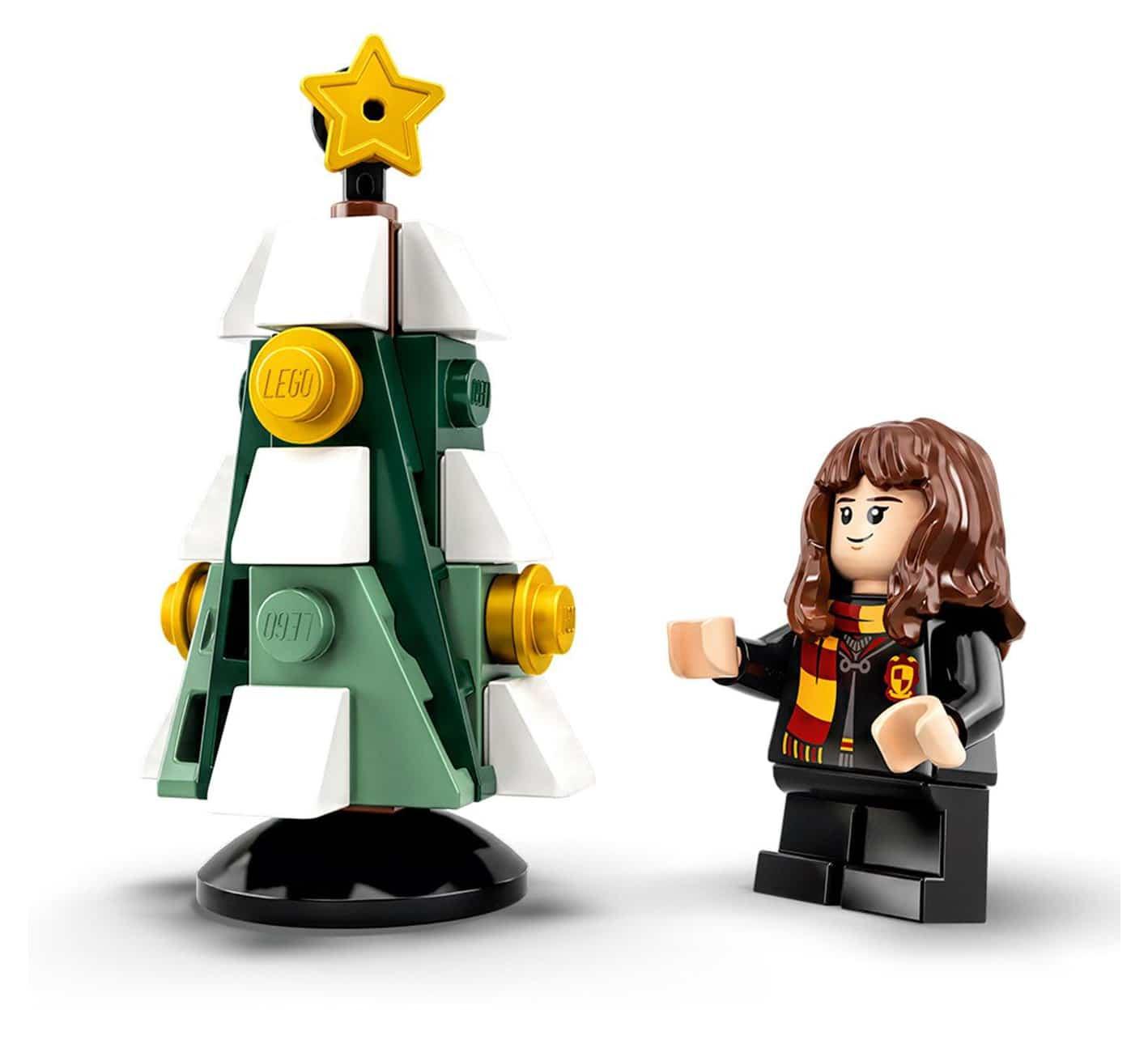 lego-harry-potter-adventskalender-75964-inhalt-weihnachtsbaum zusammengebaut.com