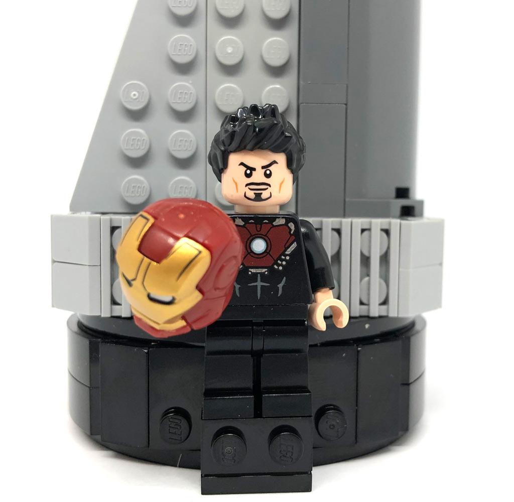 lego-marvel-avengers-tower-40334-2019-iron-man-tony-stark-minifigur-turm-zusammengebaut-matthias-kuhnt zusammengebaut.com