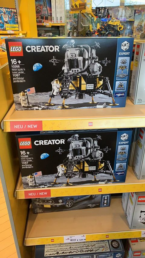lego-creator-expert-nasa-apollo-11-lunar-lander-10266-box-regal-marc-muller-facebook zusammengebaut.com