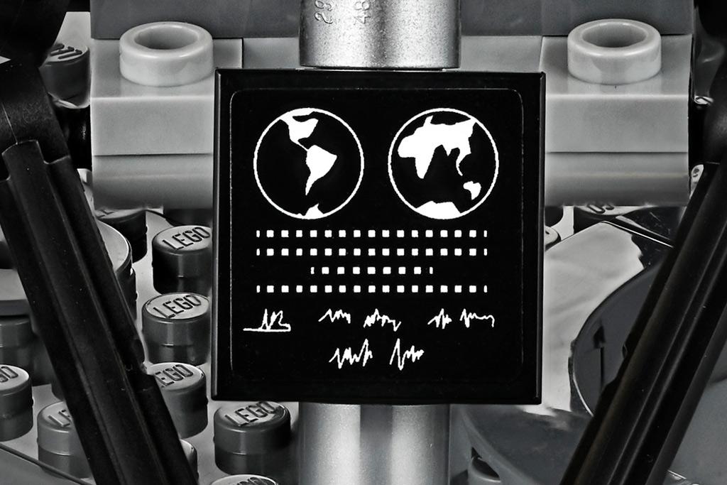 lego-creator-expert-nasa-apollo-11-lunar-lander-10266-mondlandefaehre-2019-fliese zusammengebaut.com