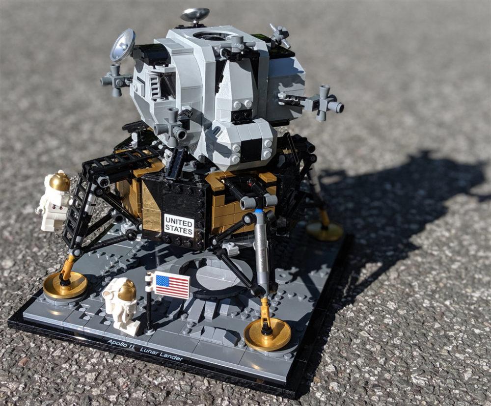 lego-creator-expert-nasa-apollo-11-lunar-lander-10266-mondlandefaehre-2019--gesamt-zusammengebaut-andres-lehmann zusammengebaut.com
